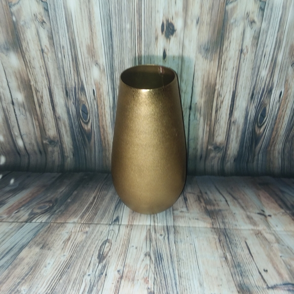 Other - ( Sold Locally)Pre-owned Gold Vase